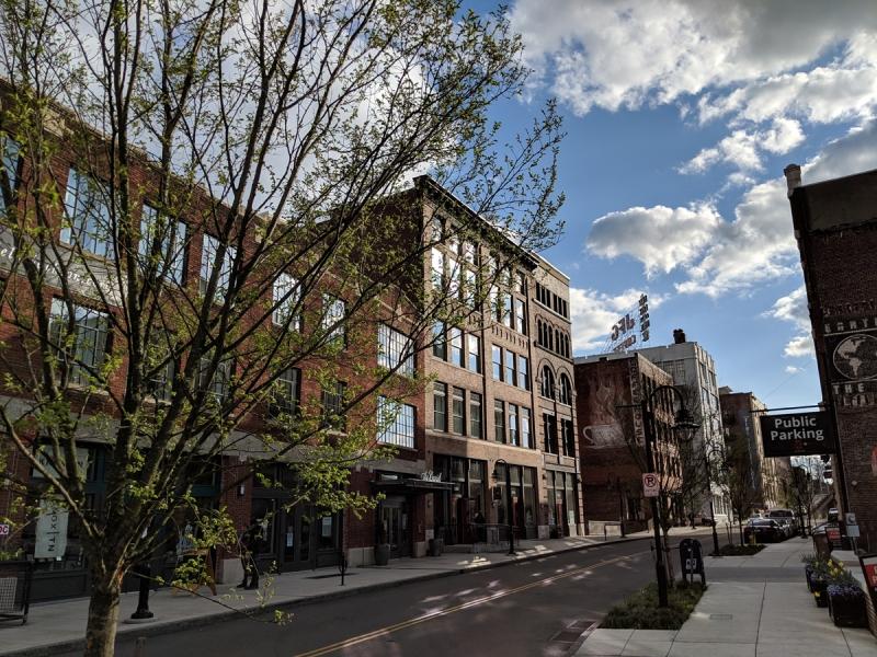 Jackson-Ave-in-Spring